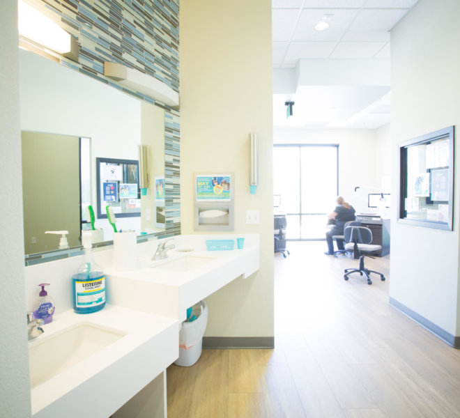 Freeman-Orthodontics-San-Jose-Orthodontist-Office-16-thegem-gallery-justified