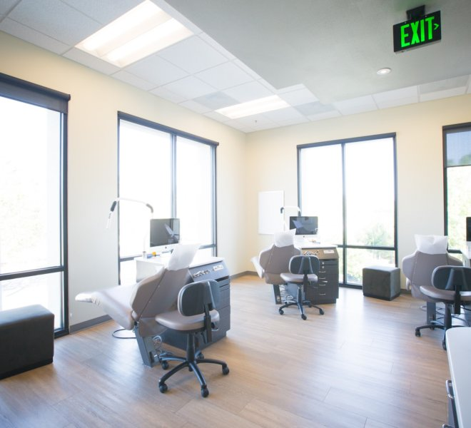 Freeman-Orthodontics-San-Jose-Orthodontist-Office-51-thegem-gallery-justified